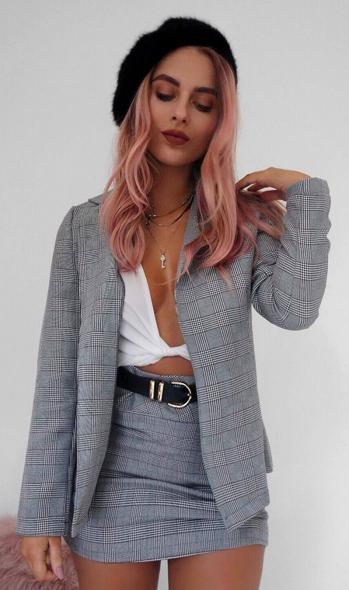 66165242ff6180 Perfect Outfit Ideas Your Closet Needs This Spring 2018. how to wear a grey  set   black hat white crop top