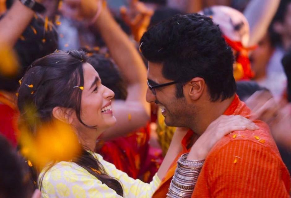 Alia Bhatt And Arjun Kapoor Lovely Moment Still 2 States Movie Jpg