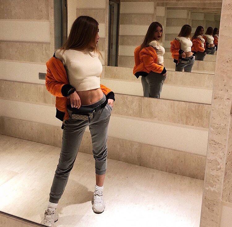 premium selection 407bd 460b4 Pin de 𝖏𝖊𝖘𝖘𝖎𝖈𝖆🤮🔫 en outfits en 2019   Pinterest   Jeans ...