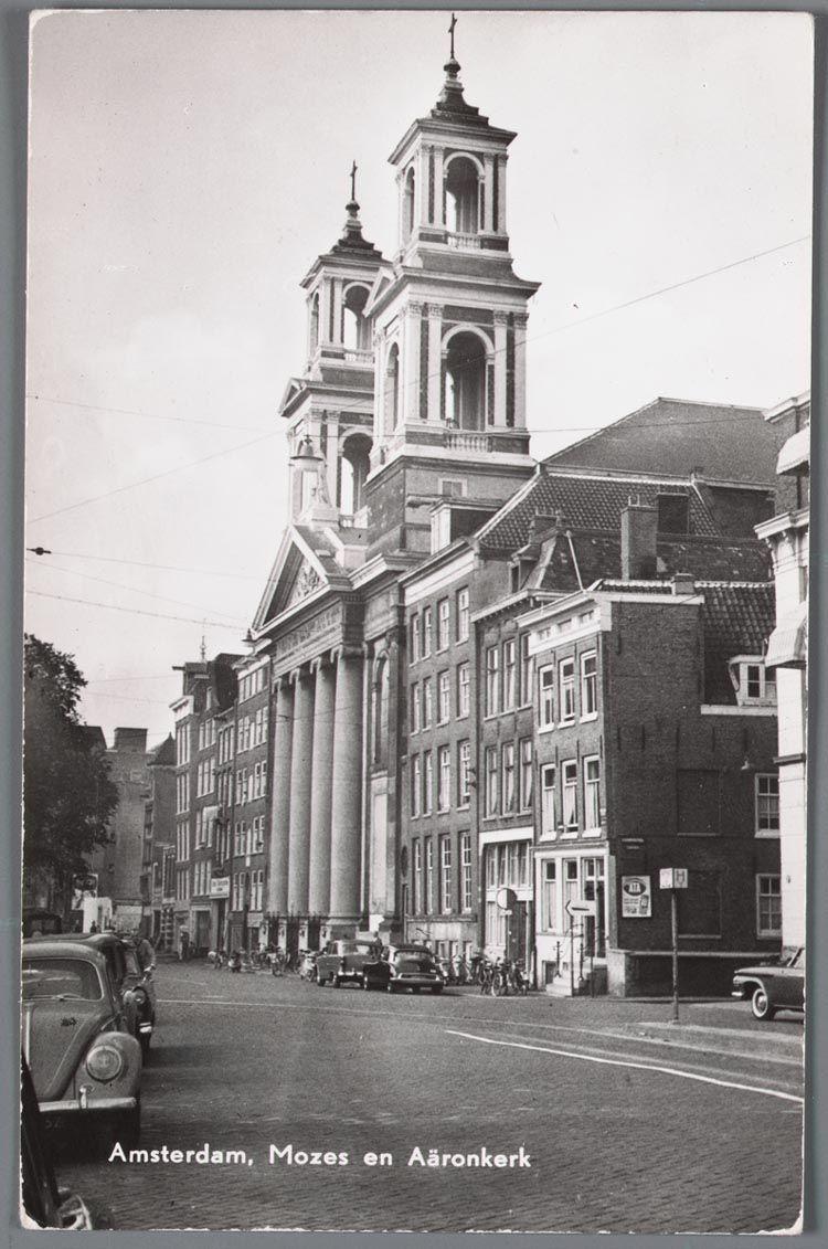 Prentbriefkaart Van Het Waterlooplein In Amsterdam Met De Mozes En
