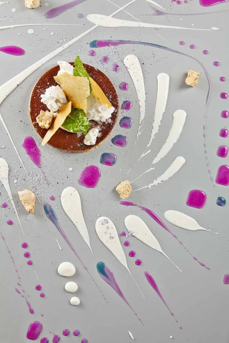 Alinea was founded in 2005 by Chef Grant Achatz and Nick Kokonas ...
