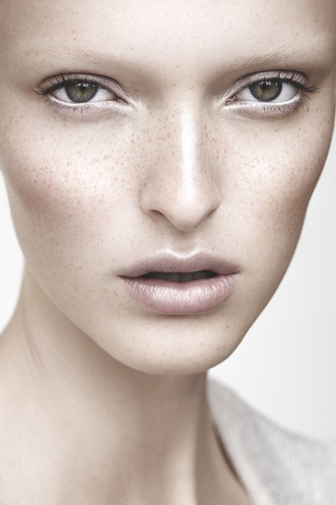 Aia Busk by Michael Rygaard & MUA Anne Staunsager beauty