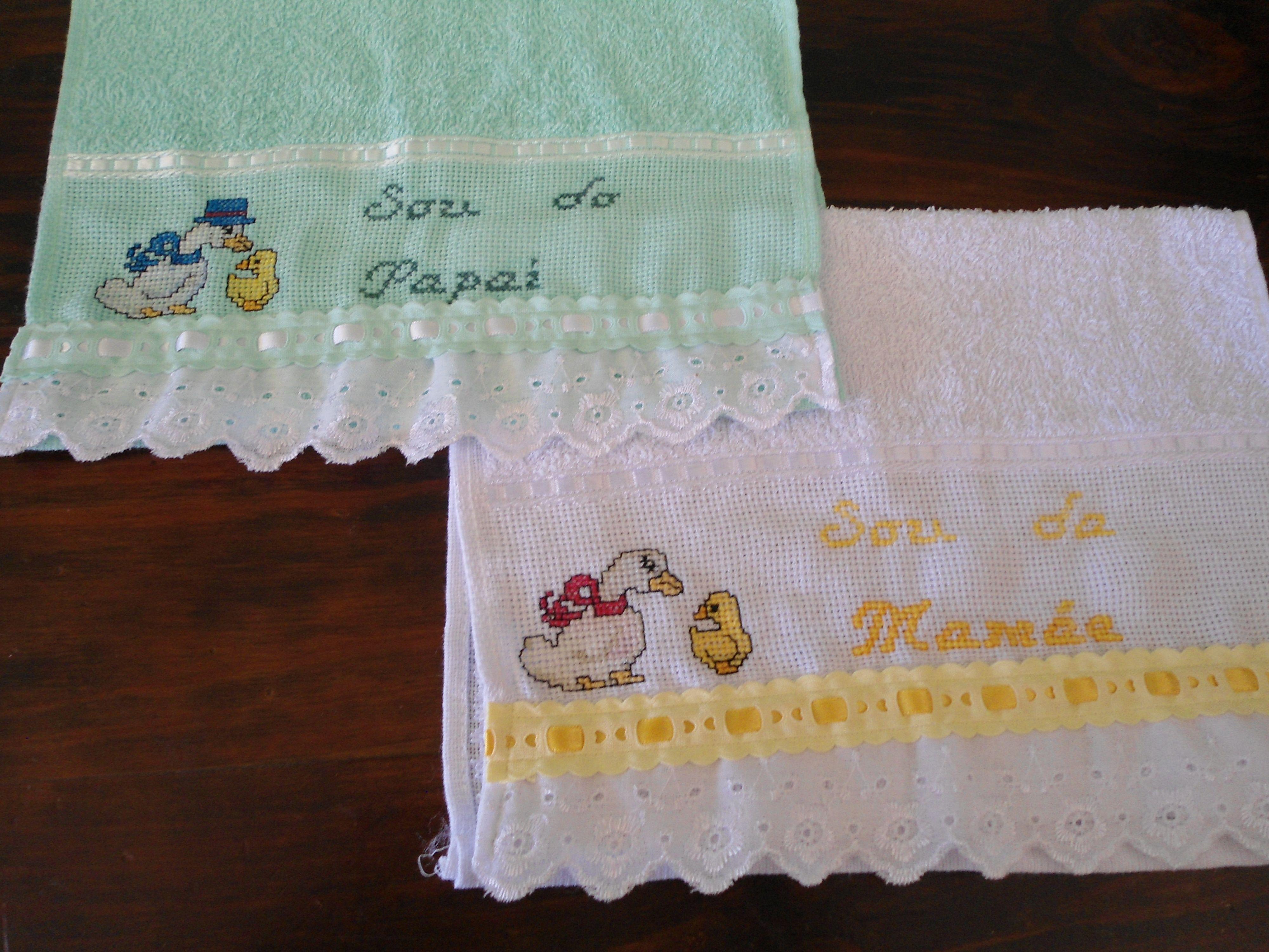 Toalhas para crianças bordadas em Ponto Cruz