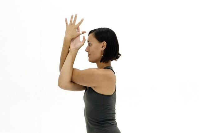 10 Stretches to Help You Warm Up for Yoga | Yoga poses ...