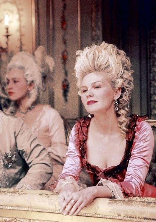 The Garden Of Delights Marie Antoinette Film De Marie Antoinette Costumes De Cinema
