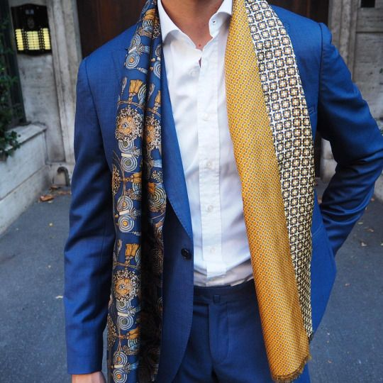 Sunday attire wearing the @serafinesilk Mirto scarf.