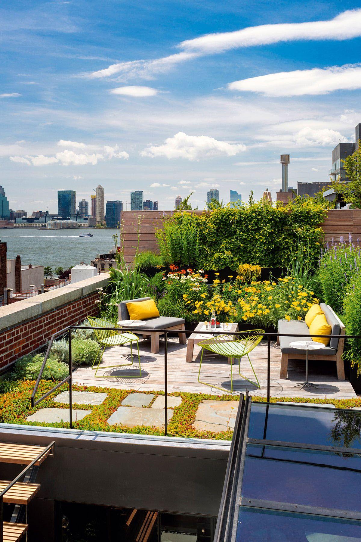 New York City Apartment Roof Garden #NYC #rooftopgarden # ...