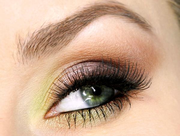 Kerst make-up tutorial - Beautylab.nl | Oogmake-up, Kerst