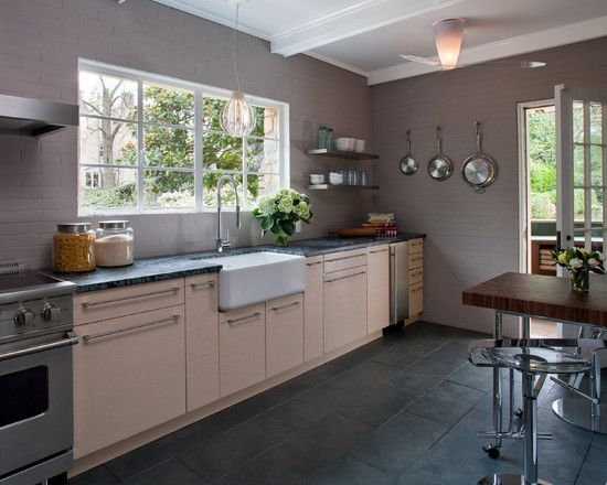 Kitchen Floor Tiles With Light Cabinets