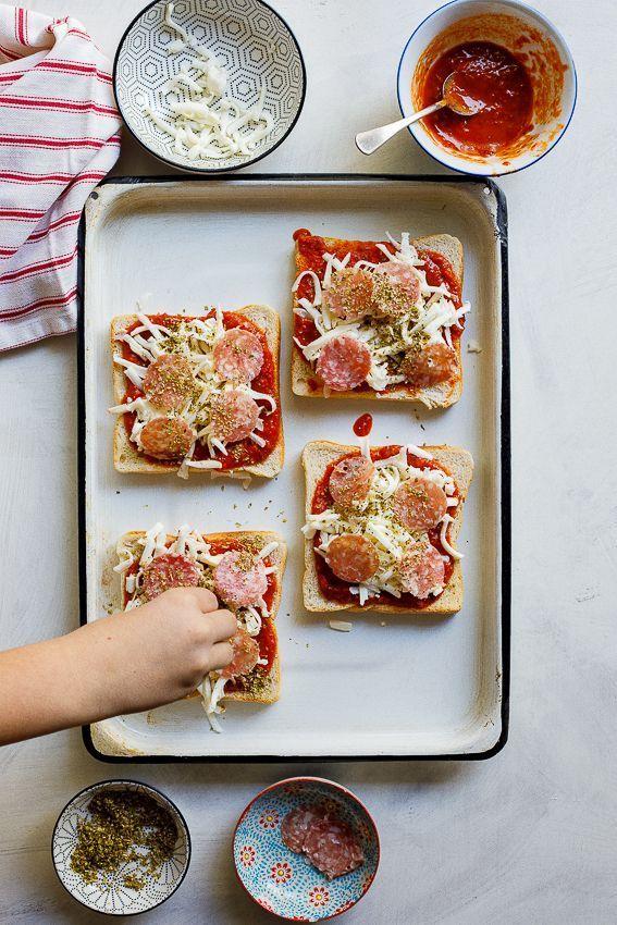 Einfacher Pizza-Toast Einfacher Pizza-Toast