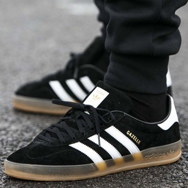 purchase cheap 810bb 63aff adidas gazelle gum sole black outfit - Google Search