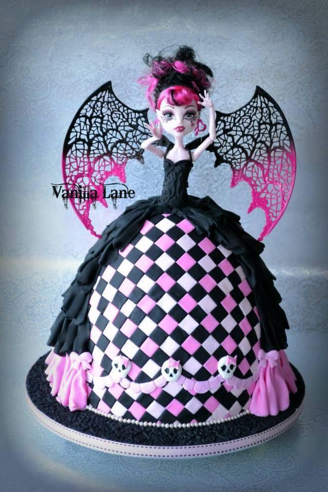 Monster High Doll Cake monster high Pinterest Monster high