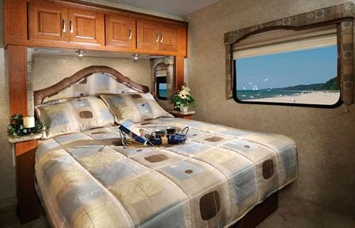 Four Winds Class C Motorhome Interior   Bedroom