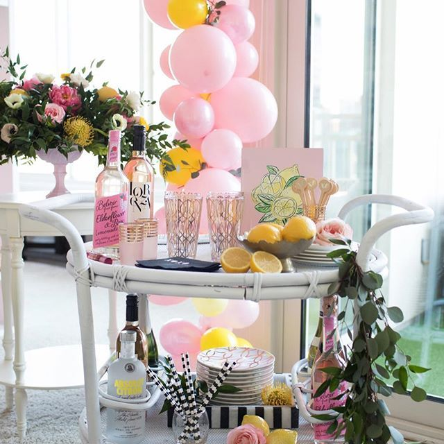http://onestylishparty.com/tips-for-hosting-the-ultimate-galentines-day-soiree/