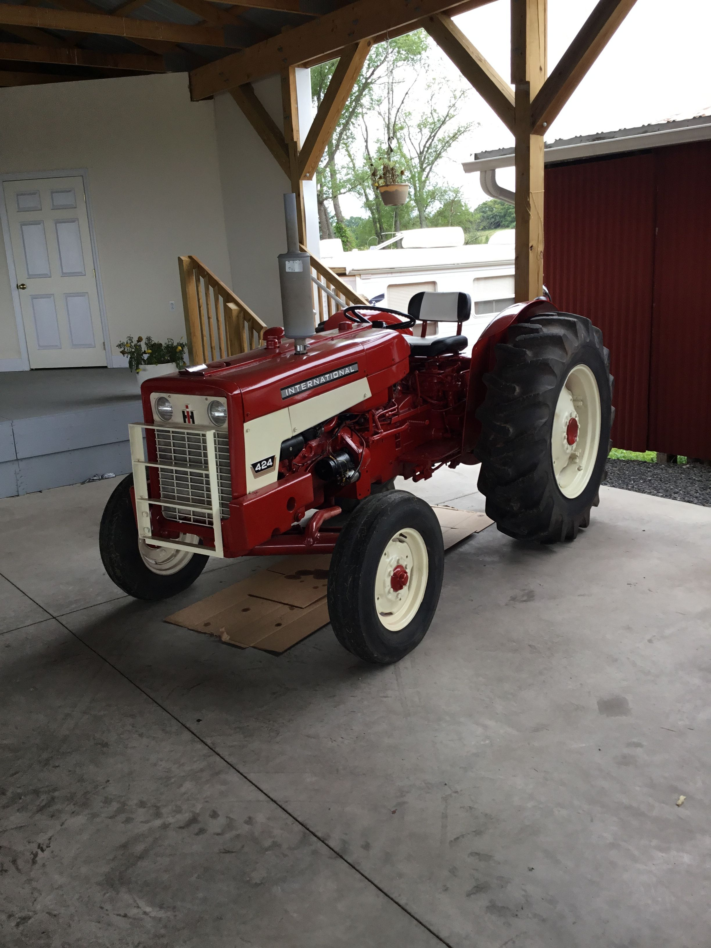 small resolution of international 464 574 and 674 tractors tractors tractors farmall tractors international harvester