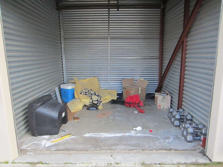 10 X 10 Storage Unit Contents Bidding On This Item Starts Friday February 15 2013 At 12 00 Pm Pt Storage Unit Auctions Storage Unit Company Storage
