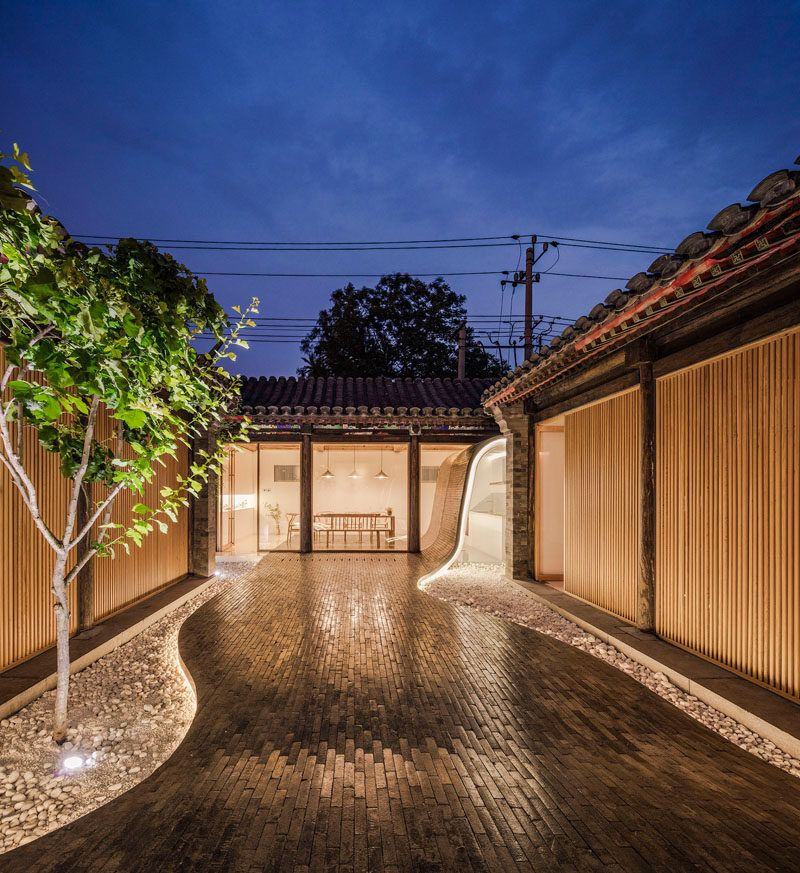 Han Wen-Qiang, founder and principal architect of ARCHSTUDIO, has designed the renovation of a Siheyuan, a historical type of residence in Beijing, that can now be rented out as an open urban public space for businesses, or families.