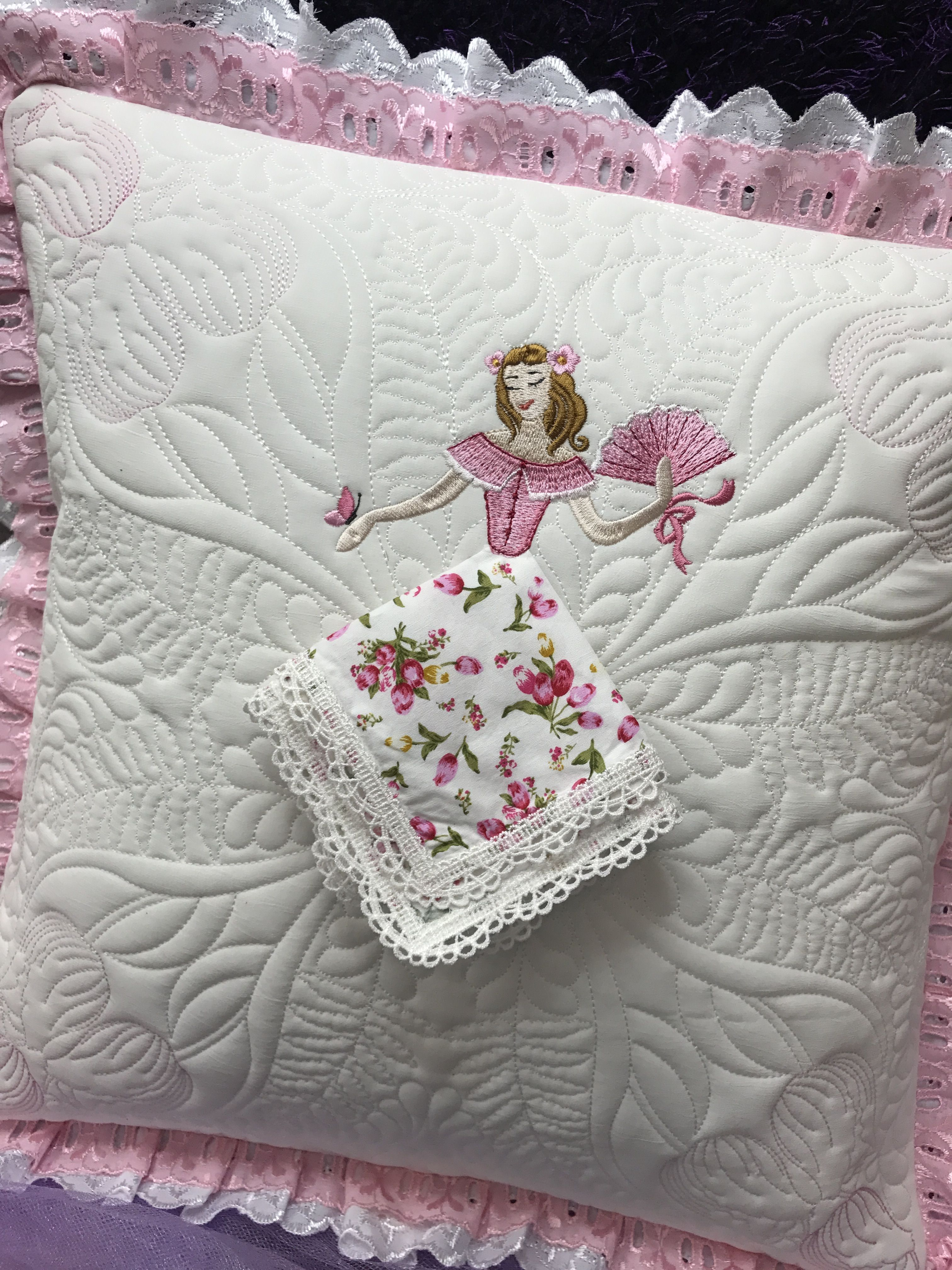 Pin by marsha mills on Crafting | Brazilian embroidery