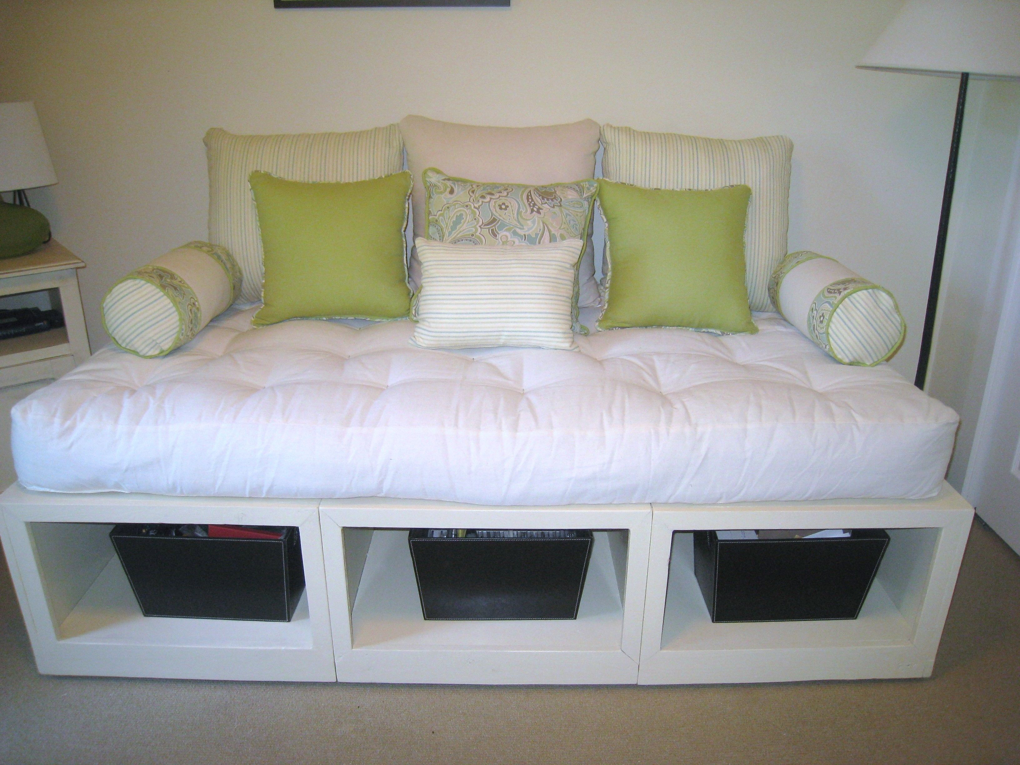 Queen daybed frame storage creative and inepensive diy for Queen daybed frame diy