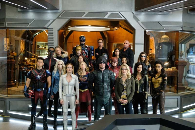 Crisis On Earth X Poster Teases The Epic Crossover Event