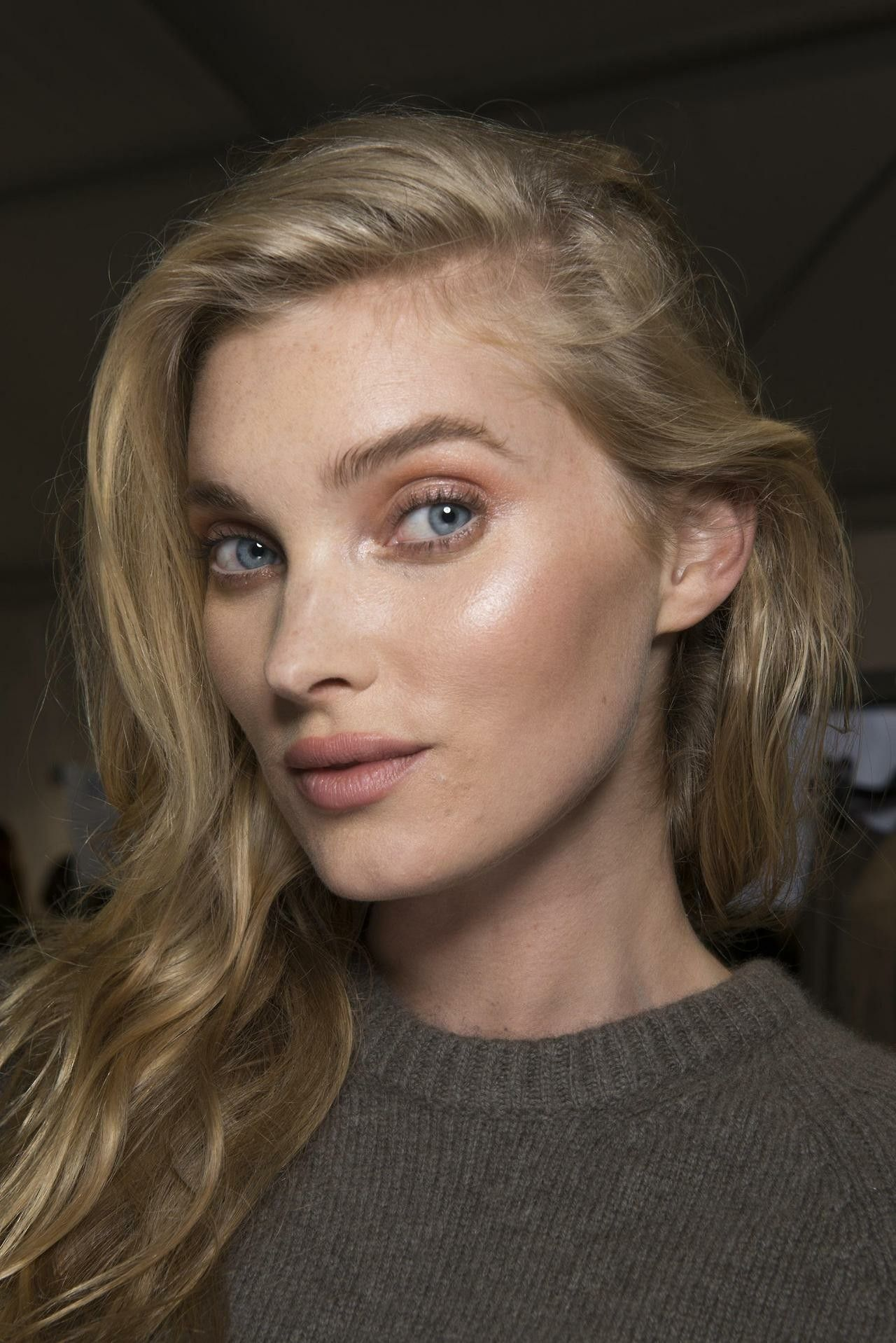 Pin by Robin on Beauty (With images) Elsa hosk, Fresh
