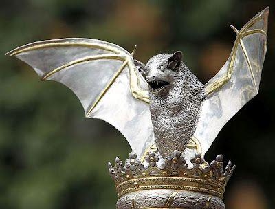 """""""Rat Penat"""" (escultura)."""
