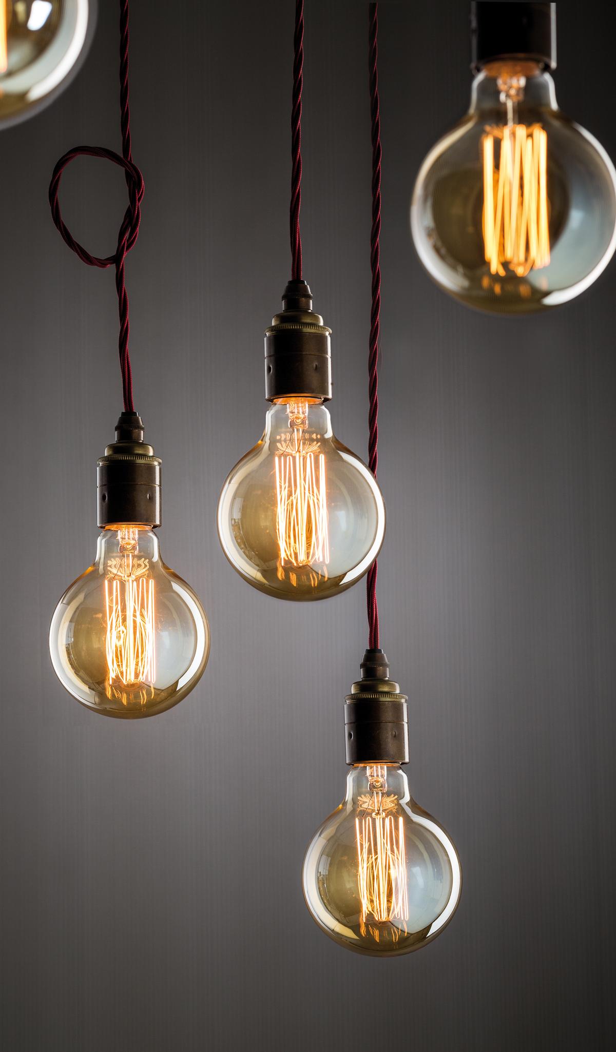 badezimmer lampe gl hbirne lampe gras deutschland haus ideen. Black Bedroom Furniture Sets. Home Design Ideas