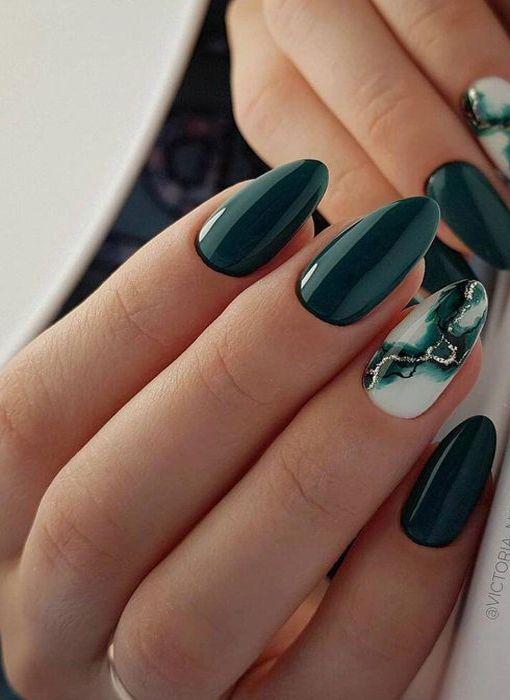 Best Winter Nails Art 2020 In 2020 Green Nail Designs Fall Acrylic Nails Green Nails