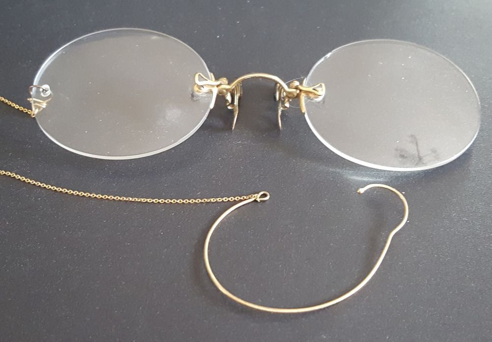 8c791ec52c Antique Gold PINCE NEZ Rimless Eyeglasses Spectacles with Ear Loop   HARDVSeePicture