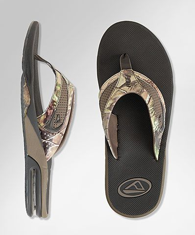 Most Comfortable Flip Flops For Men And Women With Built In Bottle