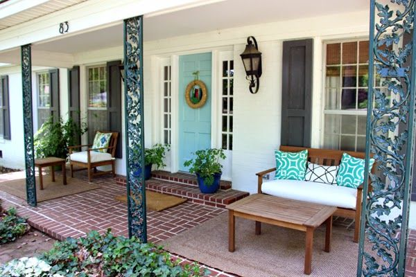 Do You Remember Our Dark Green Wrought Iron Oak Motif Porch Columns That 39 S A Mouthful I Porch Columns Wrought Iron Porch Railings Front Porch Columns