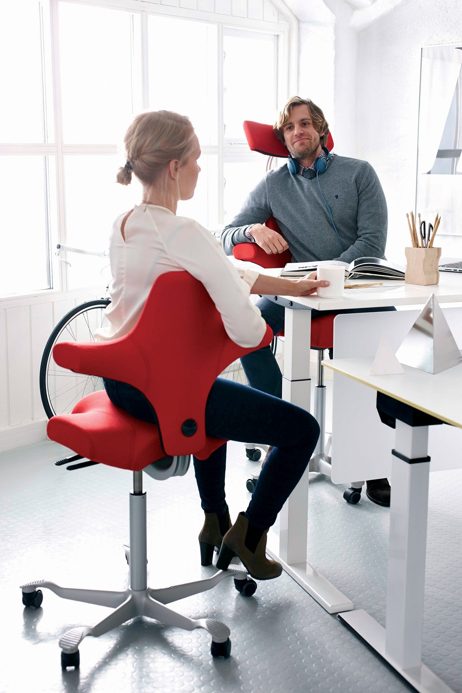 Hag Saddle Chair With Headrest Capisco H8107 Best Office Chair Best Computer Chairs Capisco Chair