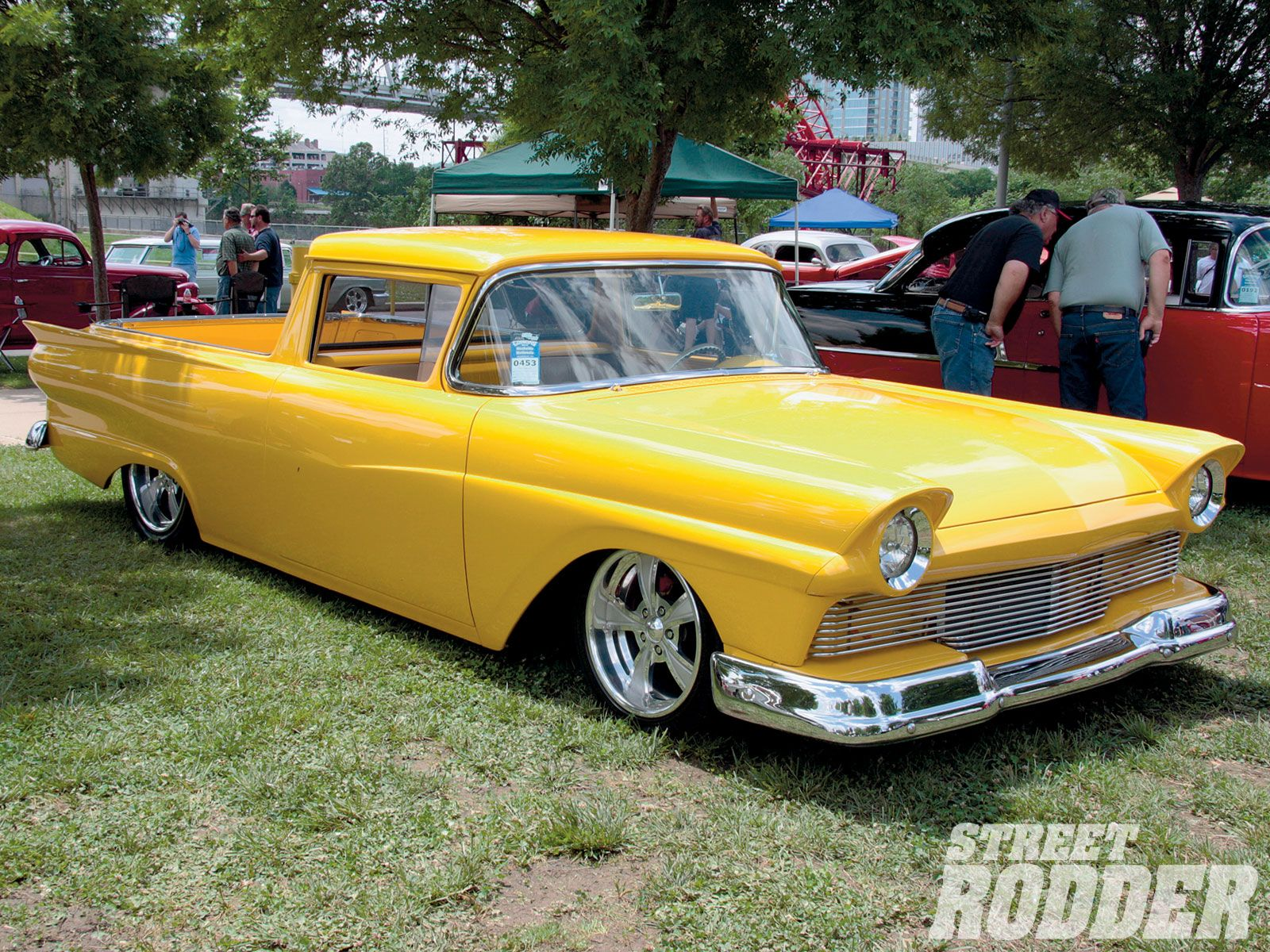 1957 ford ranchero ahh the days of scallop paint jobs before lace fogging and cobweb panel painting custom cars trucks pinterest ford