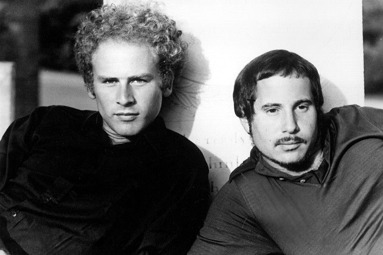 Simon Garfunkel Celebrate Bridge Over Troubled Water With Live
