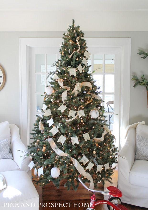 DIY Christmas Hymn Garland -   17 christmas tree inspiration simple ideas