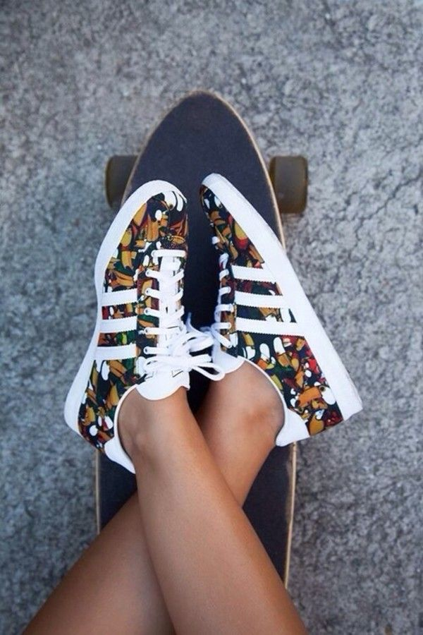 adidas floral, Chaussures Gazelle   chaussures   Pinterest   Adidas ... 619306d6caae