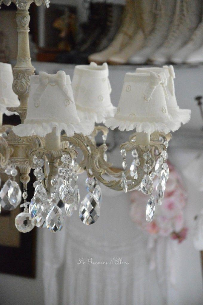 lustre huit branches ancien pampilles patin lustre shabby chic et romantique romantic. Black Bedroom Furniture Sets. Home Design Ideas