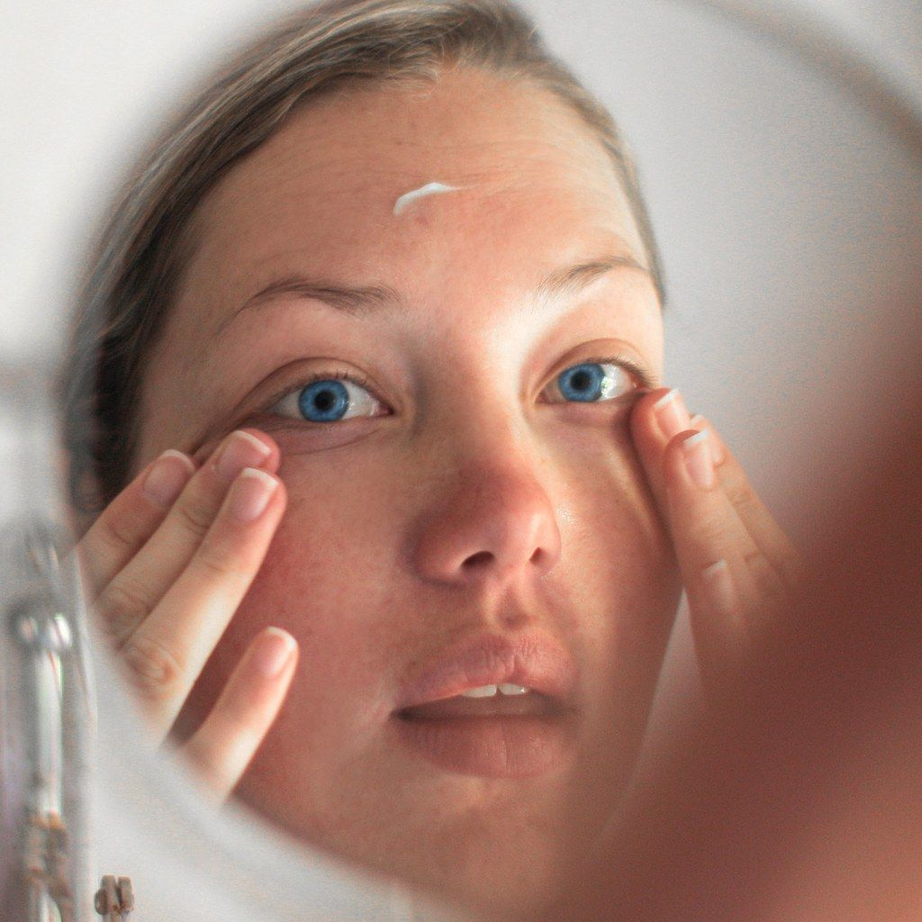 How to Safely Use Retinols on Sensitive Skin, According to Dermatologists is part of Sensitive skin, Sensitive skin care, Skin care pimples, Skin types, Natural skin treatment, Skin - Hint Moisturizing is key
