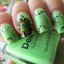 #nails #nailart #green #black #nails #fingernaildesigns #nails #Tips #acrylicnails #acrylic     #fingernails #nailpolish #fingernailpolish #manicure #fingers  #hands #prettynails  #naildesigns #nailart #pedicure #hands #feet #naillacquer #makeup
