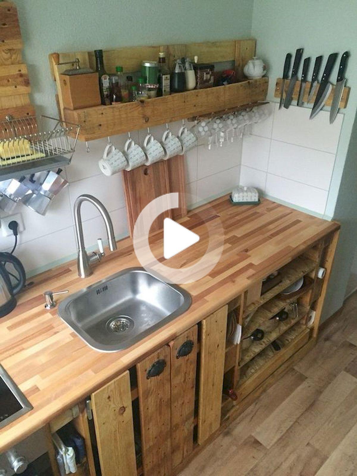 50 Incroyable Bricolage Palette Armoires De Cuisine Design Ideas In 2020 Pallet Kitchen Cabinets Pallet Kitchen Rustic Kitchen Cabinets