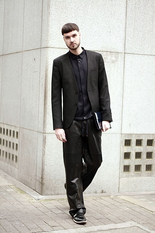Men S Black Blazer Black Dress Shirt Black Leather Sweatpants Black Leather Double Monks Mens Winter Fashion Outfits Mens Fashion Suits Business Mens Fashion Suits Formal [ 1500 x 1000 Pixel ]