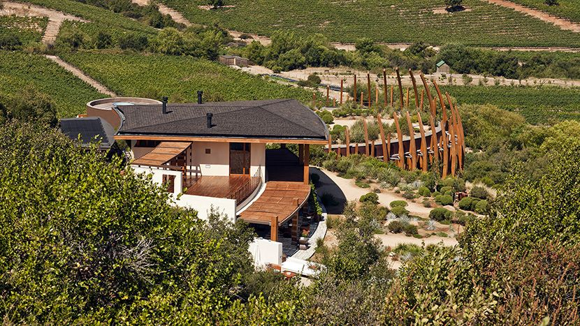 Lapostolle residence colchagua valley chile luxury for Casa lapostolle
