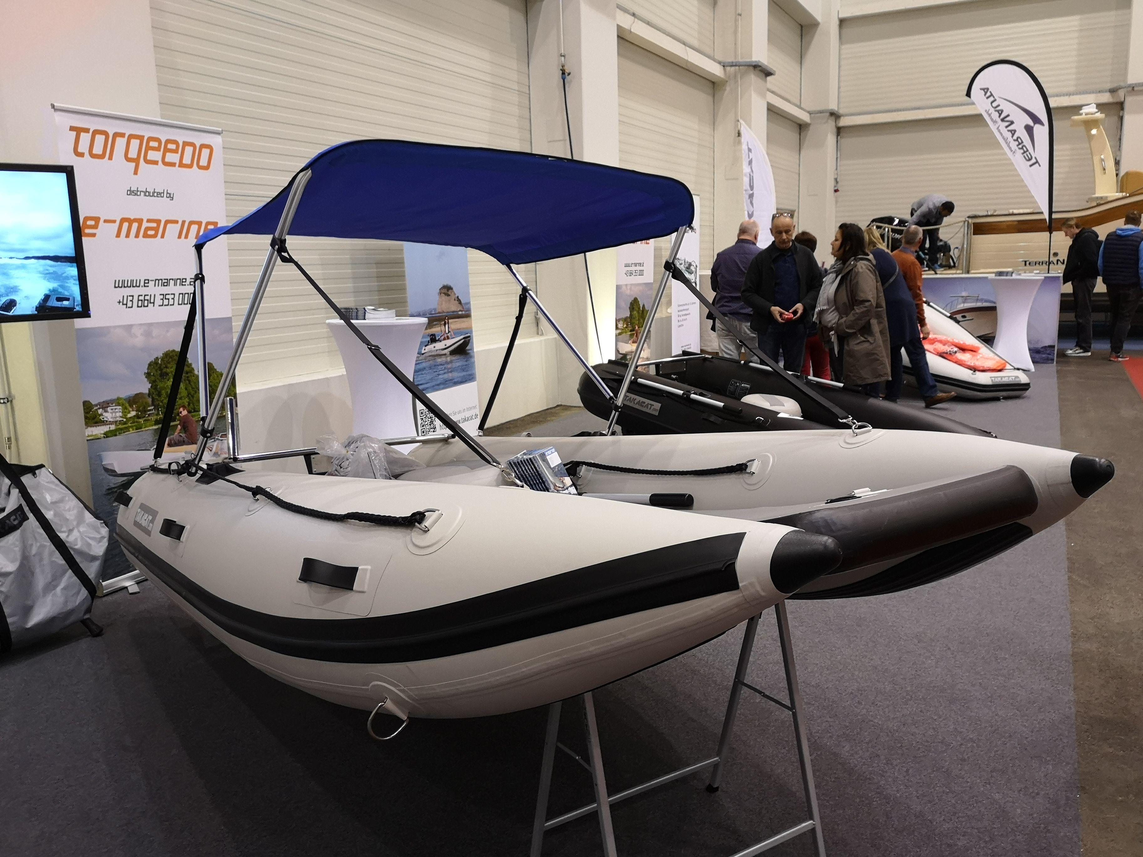 Takacat T340lx Das Katamaran Schlauchboot Mit Vielen Vorteilen Nur 34 Kg Und Geringes Packmass Sup Hochdruckboden Und Die Perfe Schlauchboot Boote Katamaran
