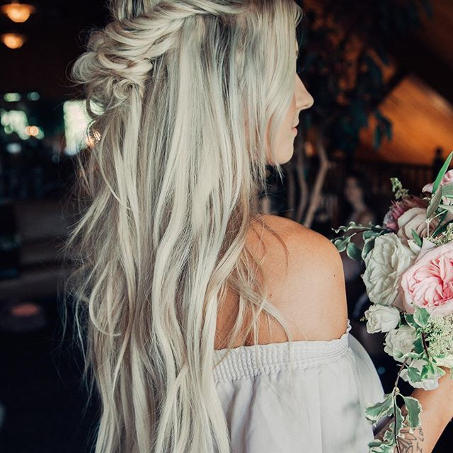 Need Bridal Hair Inspiration We Have You Covered: Gorgeous Bridesmaid Style For @sav.labrant Wedding