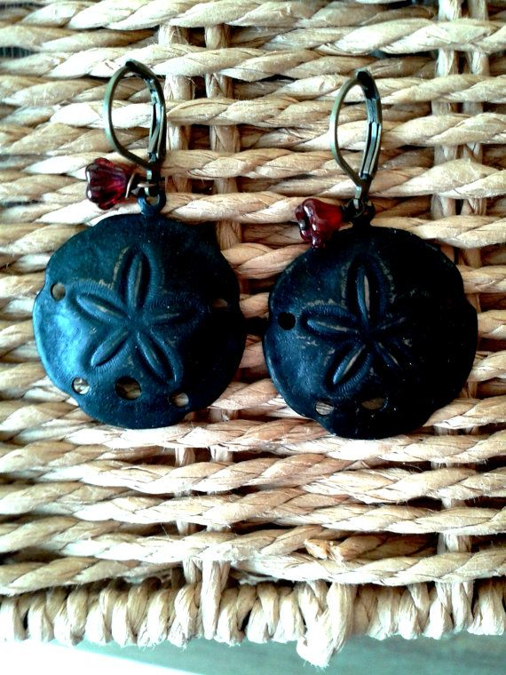 Sand Dollar Earrings by MonnarinaShop on Etsy