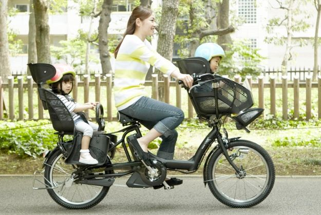 High Tech Bike For New Moms Has Extra Safety For Small Kids Cars