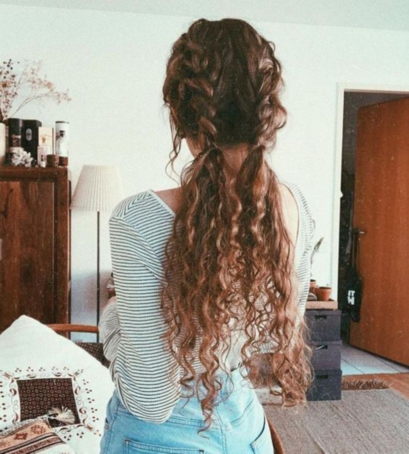 52 Pretty And Cute Long And Curly Hair Ideas Curly Hair Women Little Girl Curly Hair Wig Hairstyles