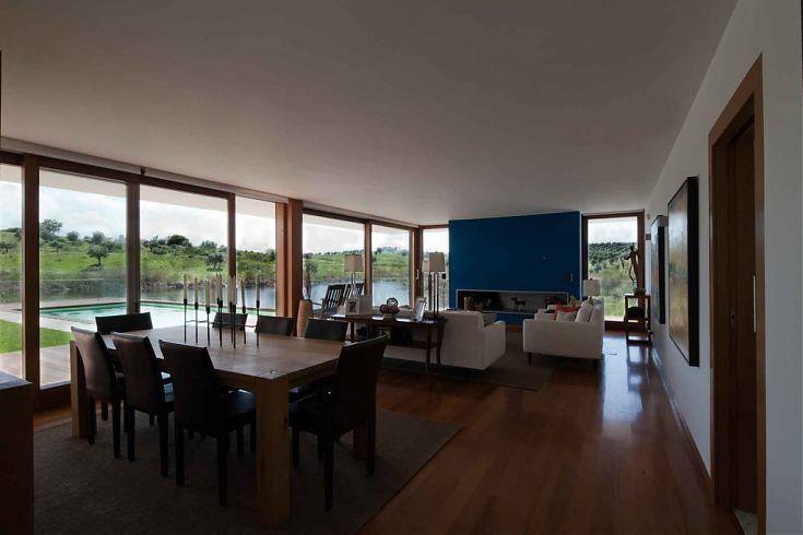 http://www.jbmg-arquitectos.pt/projetos/Habitacoes/16/Casa-em-Lavre/39/
