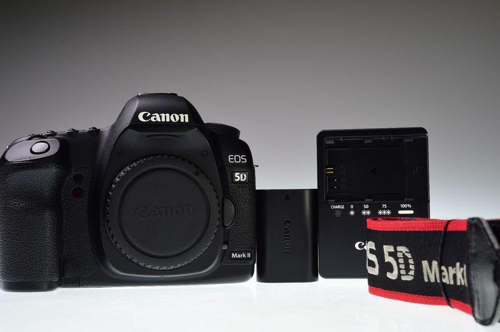 Canon Eos 5d Mark Ii Body 21 1mp Digital Camera Shutter Count 12834 Excellent Canon Canon Eos Eos Digital Slr Camera