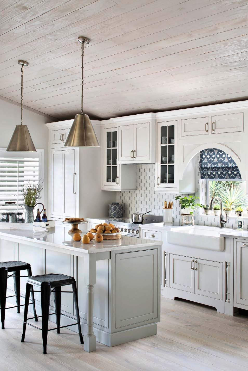 29 Beautiful Beach Style Kitchen Ideas For Your Beach House Or